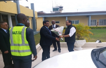 Sh. V. Muraleedharan, Hon'ble MoS for External Affairs being welcomed by High Commissioner Birender S. Yadav and Mr. Fandjinou K. , Secretary General, MoFA on his arrival at beautiful city of Lome, Capital of Republic of Togo. Hon'ble MoS for External Affairs met with Foreign Minister of Togo H.E. Robert Dussey in Lome, Togo and called on H.E. Faure Gnassingbe, President of Republic of Togo on 5th September, 2019. During the visit, Hon'ble MoS also interacted with member of the Indian Community in Lome.