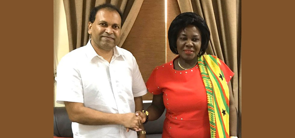 High Commissioner Sugandh Rajaram with Hon'ble Cecilia Abena Dapaah, Minister for Sanitation & Water of the Republic of Ghana.