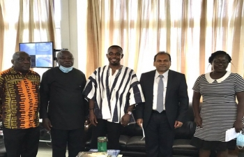 High Commissioner meets Hon. Kwamena Duncan, Regional Minister of Central Region of Ghana